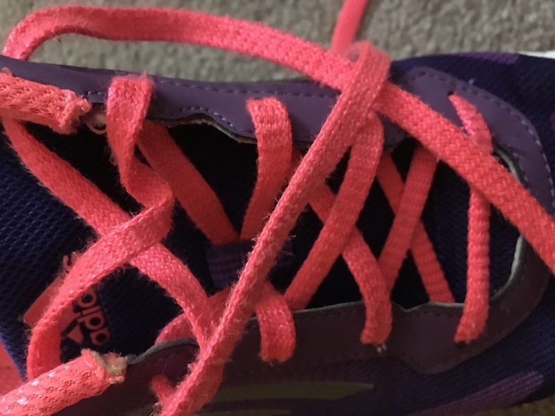 Athletic shoe laces can be round or flat.