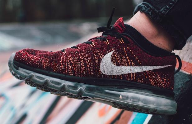 Nike knit shoes