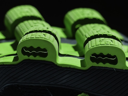 On shoes with CloudTec cushioning