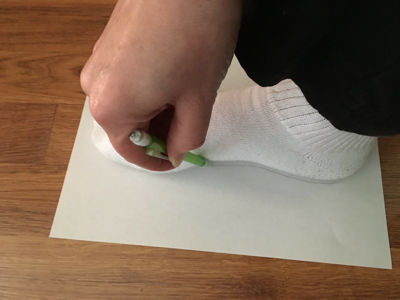 Tracing your foot to help determine width